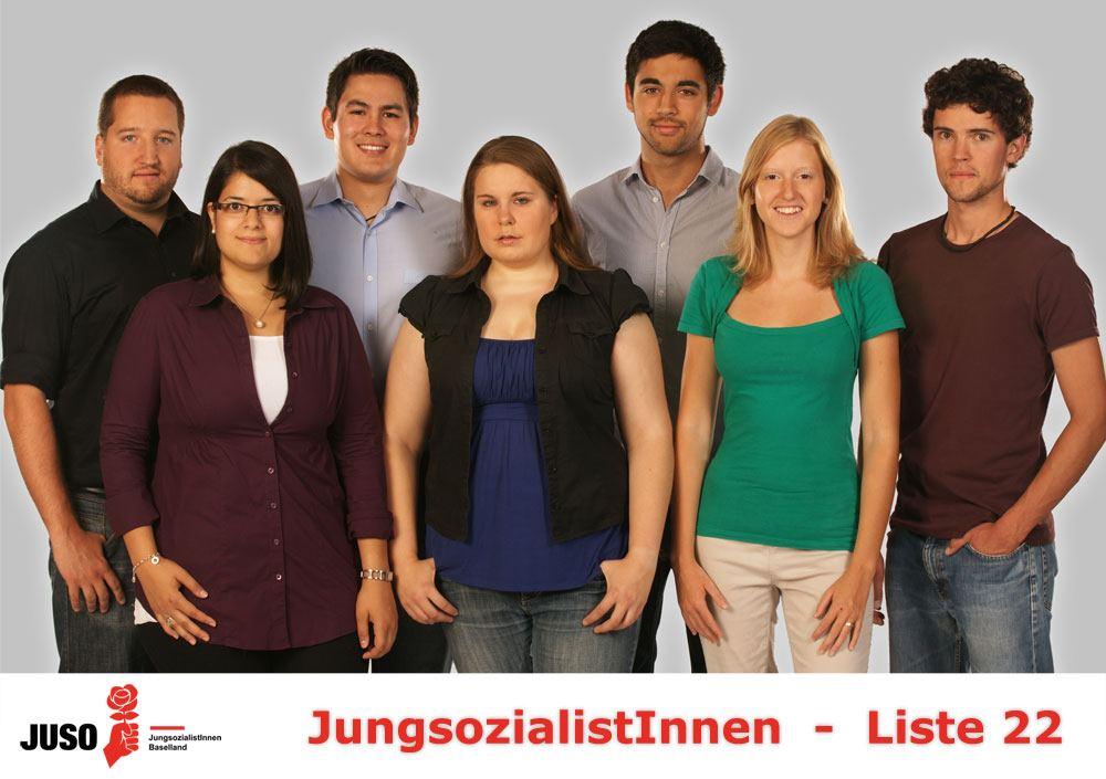 Die JUSO-Liste von links nach rechts: Jan Fässler, Betül Karabulut, Adrian Mangold, Lisa Degen, Adil Koller, Meret Stoll, Florian Schreier
